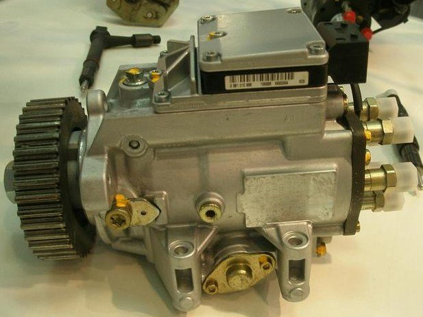 reparatii-pompe-de-injectie-bosch-common-rail-electronice-s